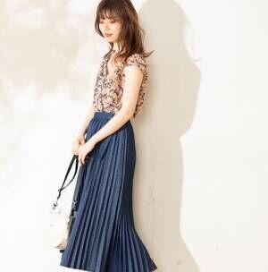 上品カラーできれいめもカジュアルも♡長め丈ネイビースカートの夏コーデ15選