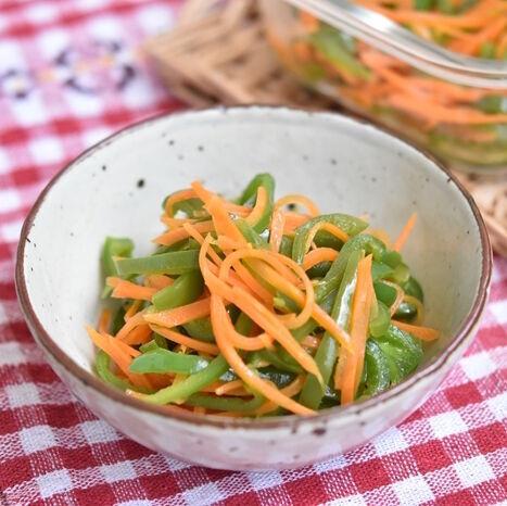 【連載】レンジ調理で楽にできる副菜おかず!彩りが綺麗なピーマンと人参の塩きんぴら