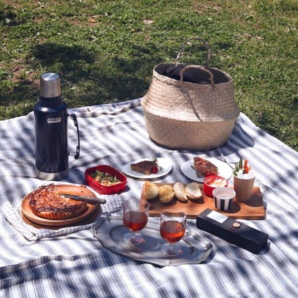《テント・テーブル・カゴetc.》おしゃれピクニックのアイディア&便利なグッズ
