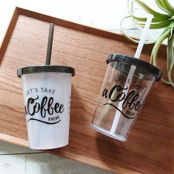 カフェのテイクアウトカップみたい