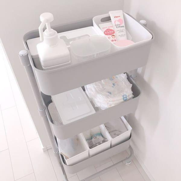 赤ちゃんのお世話セットはワゴンに収納