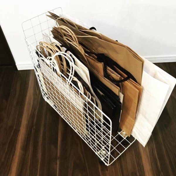 セリアのワイヤーラティス紙袋収納DIY