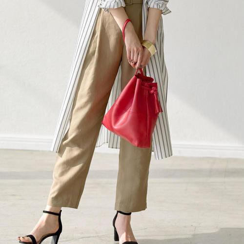 素敵スタイルはバッグで決まる!コーデを邪魔しない小さめバッグ15選