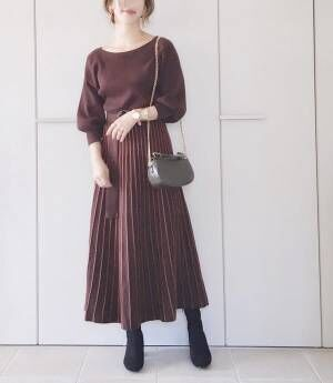 【natural couture 配色ニットプリーツワンピース】