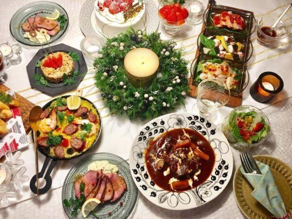 クリスマスの素敵なテーブルシーン2
