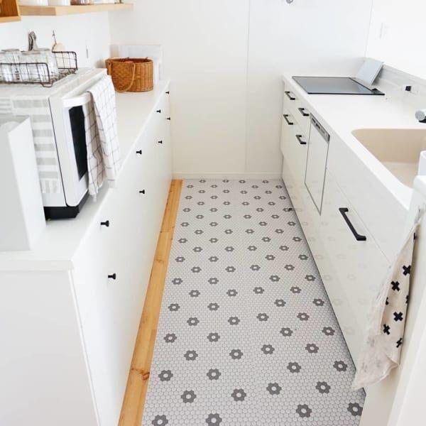 キッチン床をおしゃれに演出フロアシート