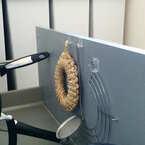 【セリアetc.】掃除が楽になる♪100均アイテムを使った浮かす収納アイディア