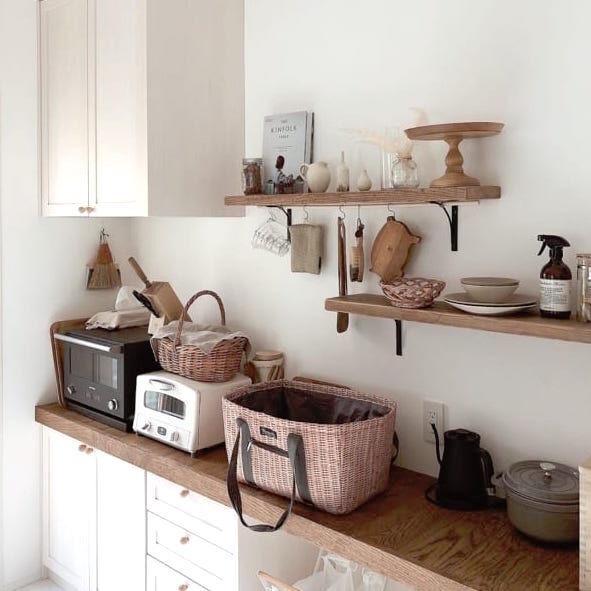 センスとこだわりがつまった《カップボード》おしゃれなキッチン背面実例