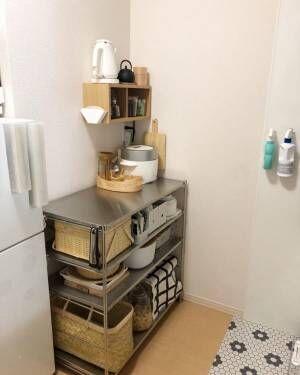 調味料収納棚として使える箱