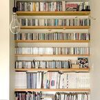 おしゃれな本棚のある暮らし♪憧れの壁面本棚や身近なアイテムを本棚にするアイデアも♡