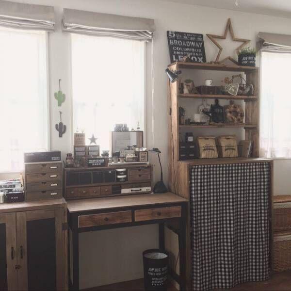 机をナチュラル塗装して周りの家具とコーデ