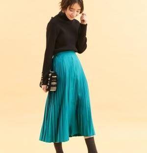 スカートが欲しい季節!大人女子コーデにプリーツスカートをプラスしよう♡