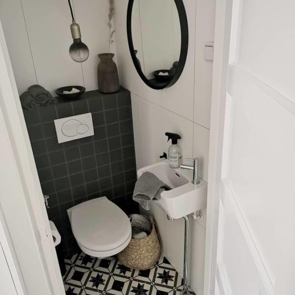 おしゃれなタイルでトイレを個性的に