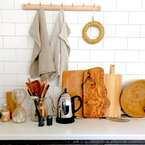 キッチン周辺は使いやすさがイチバン大事!『吊り下げ』収納アイデア
