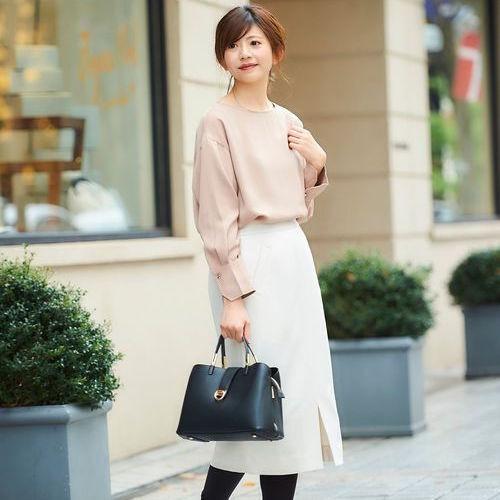 ホワイトスカートできれいめに♡季節感のある大人女子コーデを作ろう♪