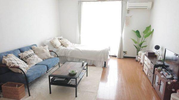 ナチュラルな10畳1Kのベッドスペース