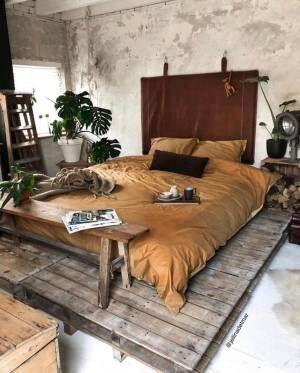 無機質×ナチュラルが融合された寝室