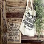 キャンバスバッグは収納にもなる!お手軽バッグのあるインテリア特集