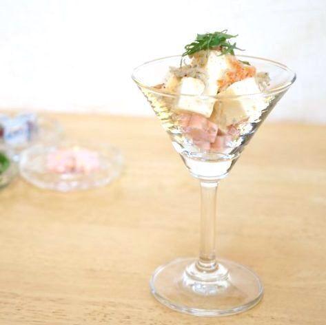 【キャンドゥetc.】カフェタイムやインテリアにぴったり!清涼感がある100均の注目のグラス8選