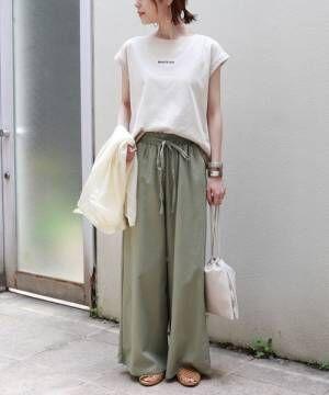 [and Me(アンドミー)] WHATEVERロゴ刺繍フレンチスリーブTシャツ