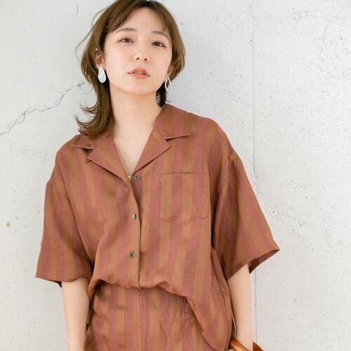 開襟シャツで作る夏コーデ♪大人女性の着こなしをマスターしよう