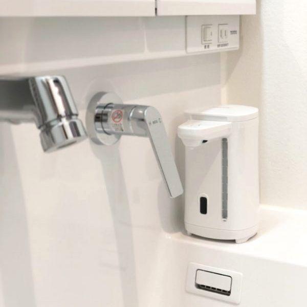 手洗いスペースがおしゃれに変身♡おすすめ《ハンドディスペンサー&詰め替えボトル》