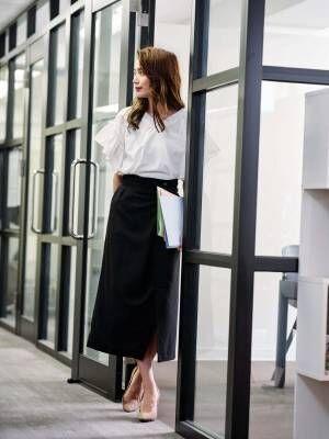 スカート おすすめ オフィスカジュアル