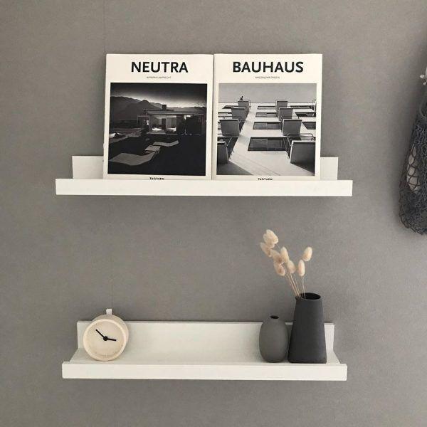 IKEAのウォールシェルフ