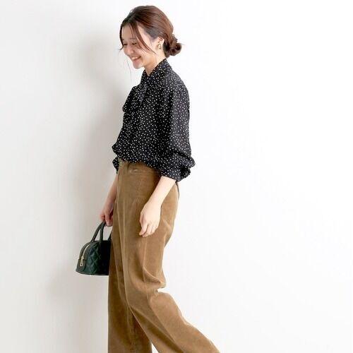 レディムードを纏わせて♡パンツスタイルに合わせたい美人ブラウス15選