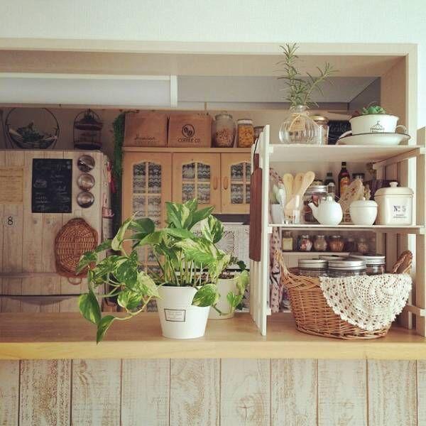 すのこでキッチンカウンターの収納棚2