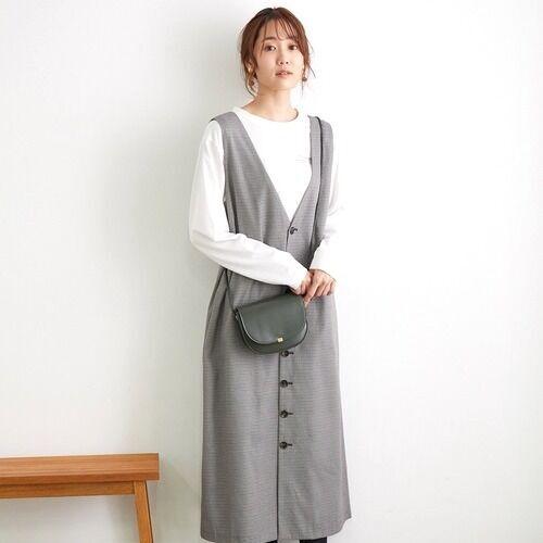 トレンドの『ジャンパースカート』♡カラー別の着こなし術をご紹介