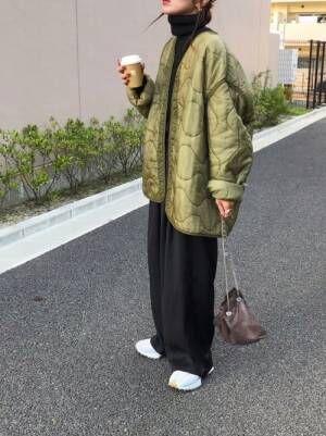 ユニクロの黒タートル×キルティングジャケット