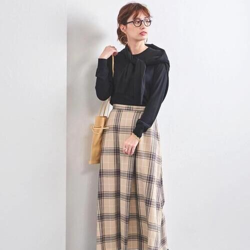 柄スカートで気分も明るさもアップ!初春意識なスカートコーデ特集