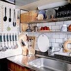 もっと快適に。使いやすいキッチンに学ぶ「収納・プチDIY」アイデア