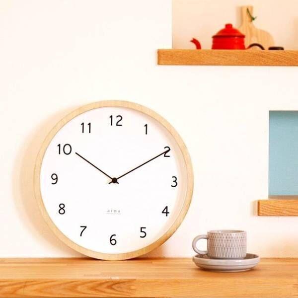 時計周りのインテリア。お部屋のポイントになるようなコーデに大変身