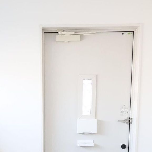 towerの収納ホルダーで玄関を機能的に!忘れ物も防止しよう