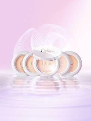 ディオール(Dior)「スノー パーフェクト ライト ...