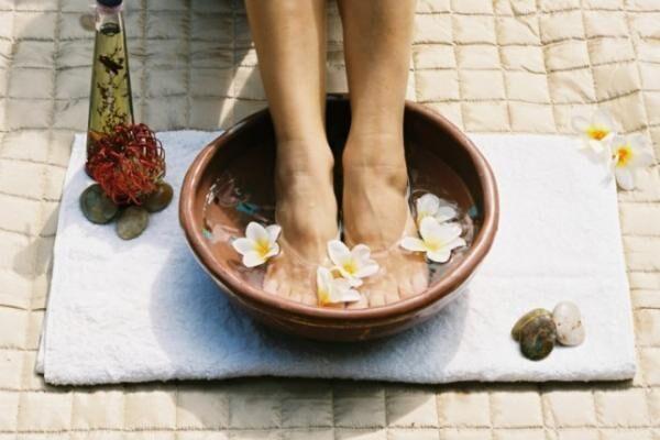 ブーツの季節がやってきた♪もう一度おさらいしておきたい「足のニオイ対策」