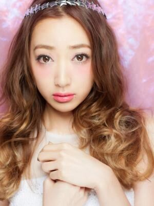 『JELLY』専属モデル坂本礼美さんがGODMake.でメイク動画に初登場!!