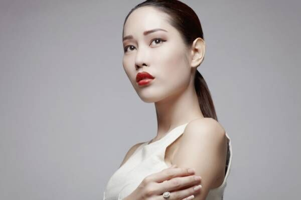 Asian beauty in studio
