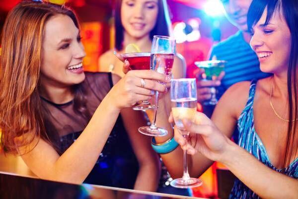 友達とお酒