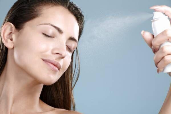 ミスト状の化粧水で緊急処置