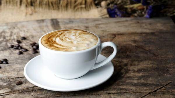 砂糖入りのカフェ飲料