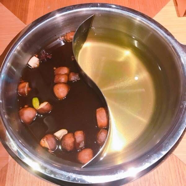 黄金出汁と特製のバクテー鍋