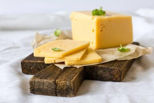 チーズで口内をアルカリ性に