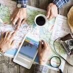 旅行に行く人必見!夏の暑さに負けない便利な旅行用コスメ特集