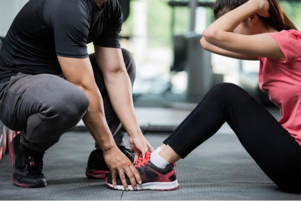 腹筋が脚やせに効果的な理由