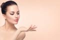 美肌作りには「プロテオグリカン」を摂ろう!塗るだけでなく、体の内側からケア!
