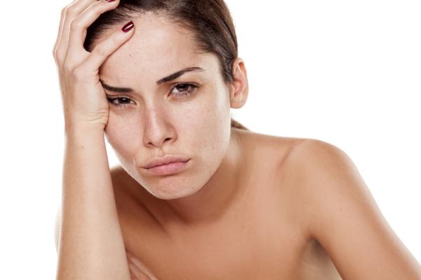 顔にできた白ニキビのおすすめ対策法