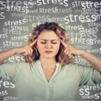 その肩こりや疲労感「自律神経の乱れ」が原因かも!自律神経を整える3つの方法